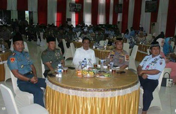 Menjaga Solidaritas,  Aparat TNI POLRI Maluku Gelar  Safari Ramadhan