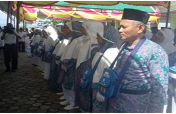 98 Jemaah Haji Kabupaten Buru Siap Diberangkatkan.