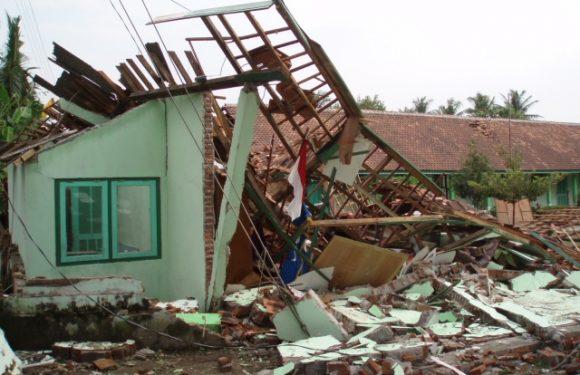 Masyarakat Samasuru Peringati 119 Tahun Tsunami Seram