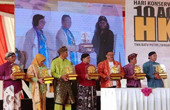 KLHK Anugerahi Romuty Kalpataru Pengabdi Lingkungan 2018