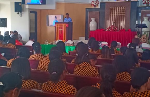 Jemaat GPM Marbali Dobo Rajut Kebersamaan di Ambon