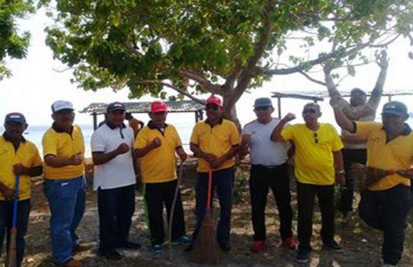 Ketua DPRD Buru Buka Lounching Bupolo Clean Tourim