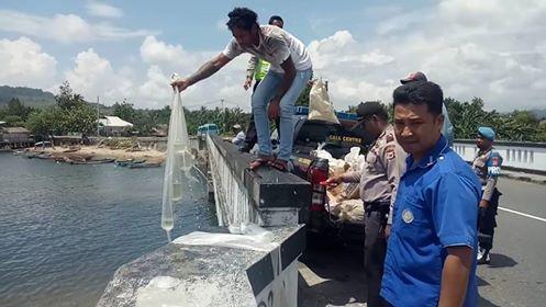Polsek Salahutu Musnahkan 3.400 Liter Sopi