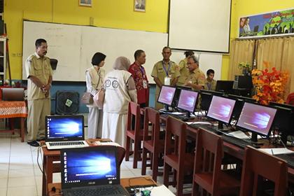 Gangguan Internet, Tes CPNS Pemkot Ambon Molor