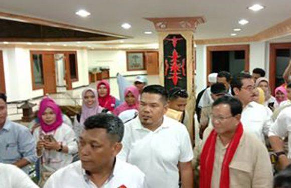 Dari Atambua, Prabowo Tiba di Ambon Hadiri Natal
