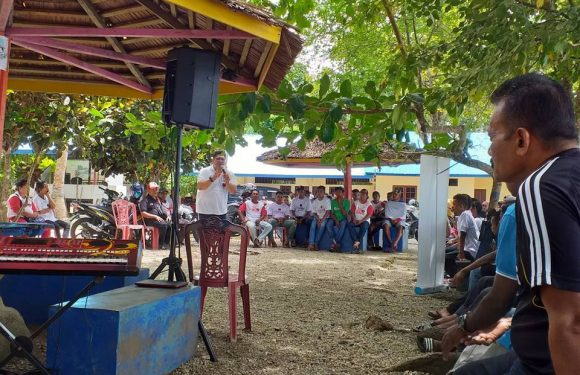 JDW Ajak Masyarakat Inamosol-Kairatu Tinggalkan Zona Nyaman