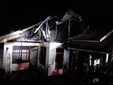 Kebakaran Hanguskan Satu Rumah di Kayu Putih