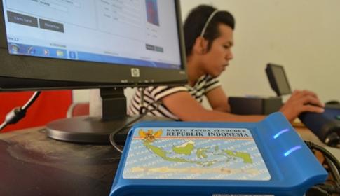 Maluku Masuk Zona Merah Perekaman & Pencetakan KTP-el