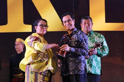 Bersama 134 Kab/Kota, Ambon Raih Penghargaan KLA Pratama
