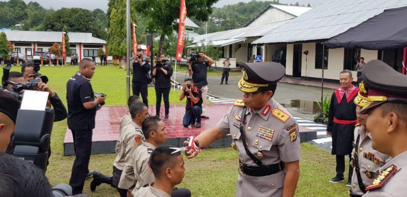 Potong Rambut Tandai Diktuba Polri di Maluku Dimulai