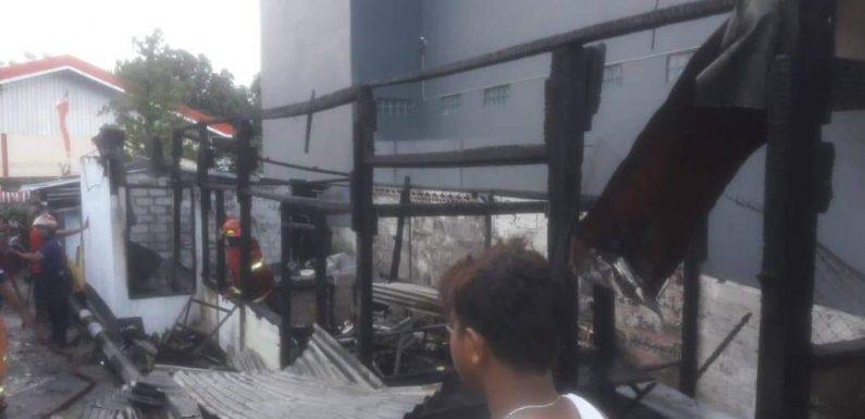 Salon & RM di Samping Pertamina Benteng Hangus Terbakar