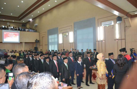 35 Anggota DPRD Kota Ambon Resmi Dilantik