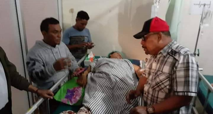 Kunjungi Korban Gempa Gubernur Imbau Warga Tidak Panik