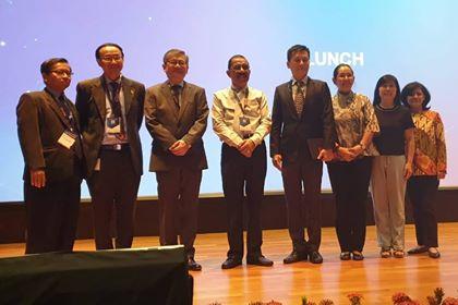 Di Kongres Internasional, Walikota Cerita Suksesnya Kerjasama Ambon-Singapura