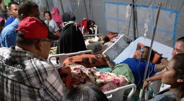 Pemkot Bagi 11 Paket Bantuan ke Korban Gempa di RS