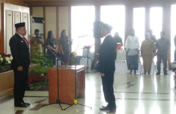 Dilantik, Kasrul Selang Penjabat Sekda Maluku Tiga Bulan