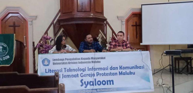 Literasi TIK Melalui Pelatihan Operasional Website di Jemaat Syaloom