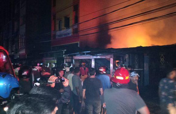 Kebakaran di Soaema, Hanguskan Rumah Warga & Gudang